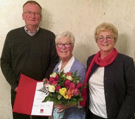 v.l.: Uwe Habbe, Helma Meier und Inge Howe
